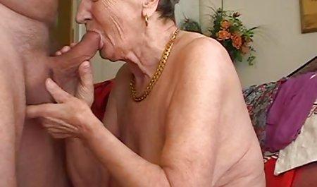 Jodi Taylor sorong bokep gratis bule besar Dildo in her pussy