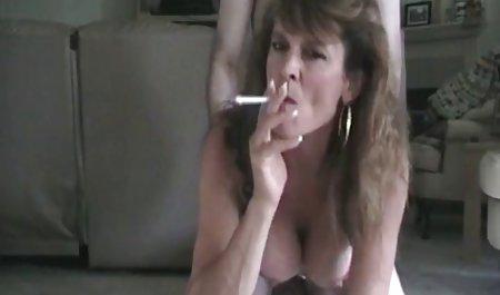 dia Meniduri ibu tirinya dan nontonvideobokepgratis cums dalam vagina