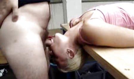 Tato bokep hot gratis gadis masturbasi dengan Dildo