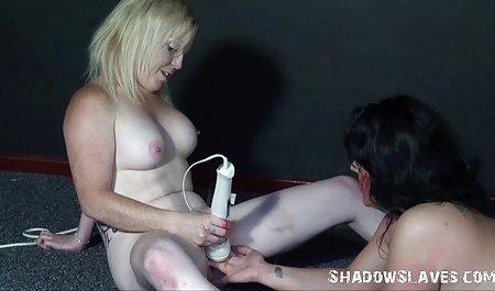 Bermain dengan dirinya sendiri bokep gratis mp4 di kamar mandi